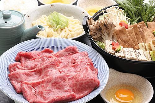 十和田湖牛すき焼き(2名様より)