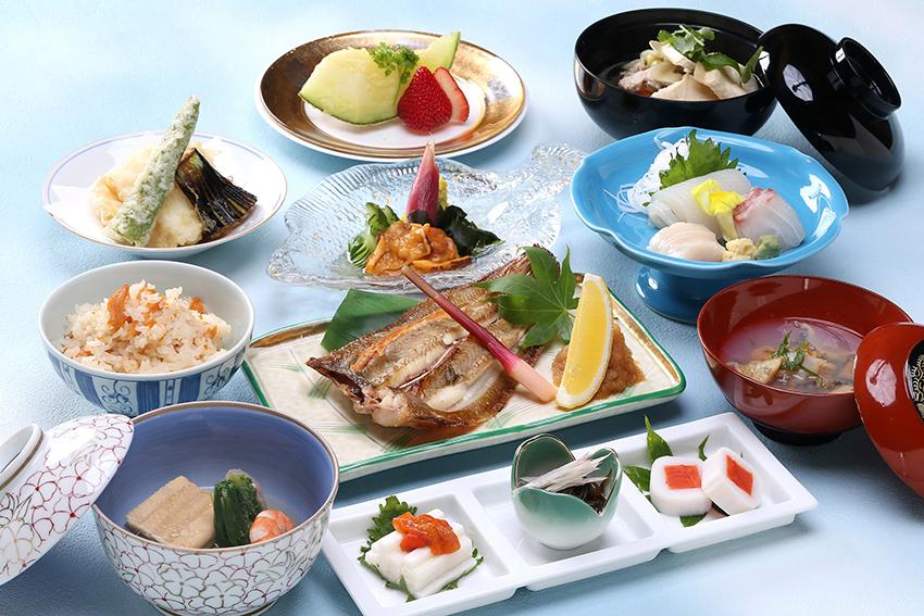 八戸がいっぱいの郷土料理コース