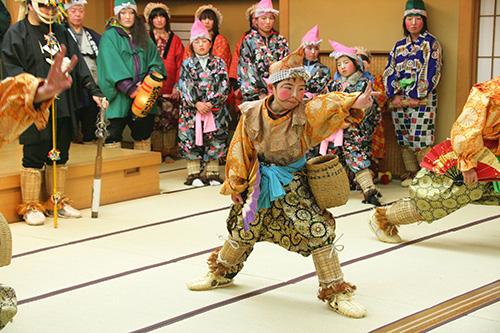 国の重要無形民俗文化財「八戸えんぶり」