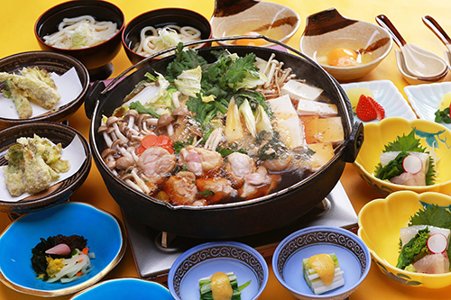『鶏すき鍋コース』のご紹介